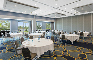 hunter valley venue for hire conferences with air con, seating and projectors in new south wales australia