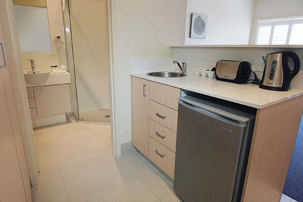 kitchenette area to prepare meals at port stephens holiday resort