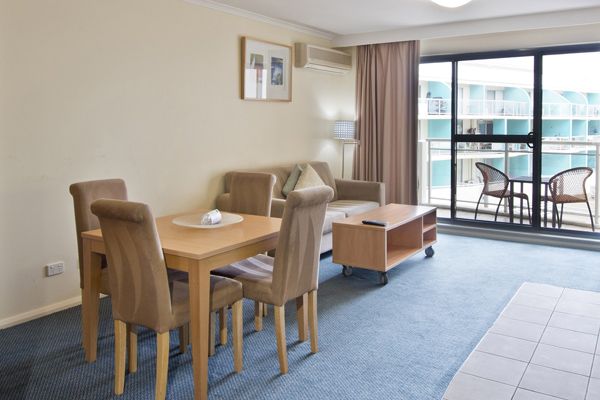 spacious living room at oaks waterfront hotel at the Entrance NSW