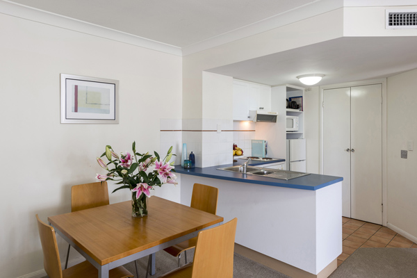 air conditioned 2 bedroom apartment near beach in Coolangatta with modern kitchen with fridge, kettle, toaster and microwave