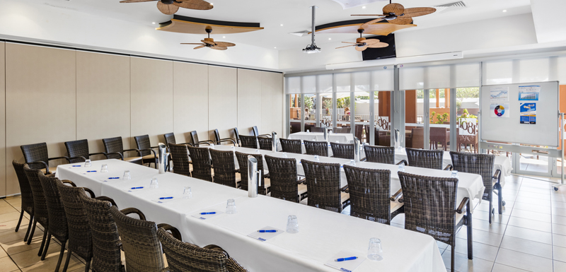 air conditioned conference venue for hire with whiteboard, ceiling fans and surround sound for speakers in Broome, Western Australia