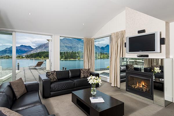 4 Bedroom Lake View Apartment